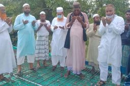 কাশেমপুরে মাদানী জামে মসজিদের ছাদ ঢালাইয়ের উদ্বোধন